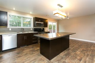 Photo 7: 26649 32A Avenue in Langley: Aldergrove Langley House for sale : MLS®# R2339369