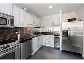 """Photo 5: 14843 MARINE Drive: White Rock Townhouse for sale in """"Marine Court"""" (South Surrey White Rock)  : MLS®# R2348568"""