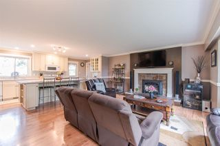 """Photo 4: 12580 243 Street in Maple Ridge: Websters Corners House for sale in """"ACADEMY PARK"""" : MLS®# R2349739"""