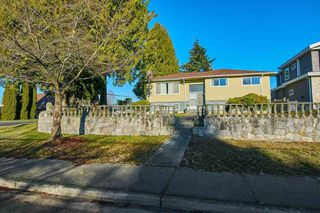 Photo 1: 6509 NAPIER Street in Burnaby: Sperling-Duthie House for sale (Burnaby North)  : MLS®# R2351665