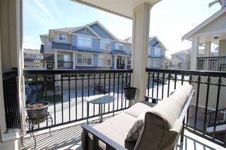 """Photo 4: 70 22225 50 Avenue in Langley: Murrayville Townhouse for sale in """"Murray's Landing"""" : MLS®# R2353044"""