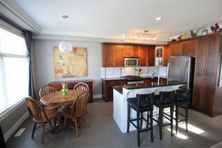"""Photo 5: 70 22225 50 Avenue in Langley: Murrayville Townhouse for sale in """"Murray's Landing"""" : MLS®# R2353044"""