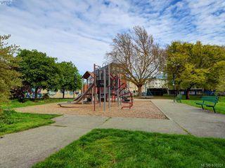 Photo 18: 311 2560 Wark St in VICTORIA: Vi Hillside Condo Apartment for sale (Victoria)  : MLS®# 811579