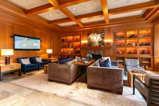 """Photo 10: 501 4591 BLACKCOMB Way in Whistler: Benchlands Condo for sale in """"Four Seasons Resort Whistler"""" : MLS®# R2366464"""