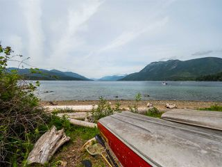Photo 17: 6028 CORACLE Place in Sechelt: Sechelt District House for sale (Sunshine Coast)  : MLS®# R2368826