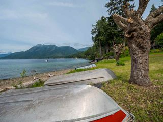 Photo 6: 6028 CORACLE Place in Sechelt: Sechelt District House for sale (Sunshine Coast)  : MLS®# R2368826