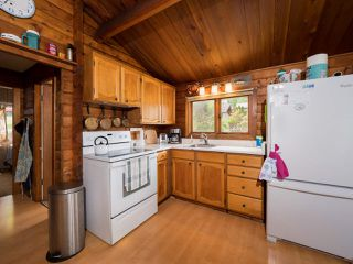 Photo 11: 6028 CORACLE Place in Sechelt: Sechelt District House for sale (Sunshine Coast)  : MLS®# R2368826