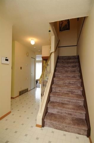 Photo 12: 420 CLAREVIEW Road in Edmonton: Zone 35 Townhouse for sale : MLS®# E4156941