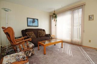 Photo 4: 420 CLAREVIEW Road in Edmonton: Zone 35 Townhouse for sale : MLS®# E4156941