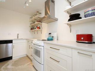 Photo 9: 101 120 Douglas Street in VICTORIA: Vi James Bay Condo Apartment for sale (Victoria)  : MLS®# 410787