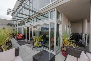 """Photo 13: 801 33 W PENDER Street in Vancouver: Downtown VW Condo for sale in """"33 Living"""" (Vancouver West)  : MLS®# R2373850"""