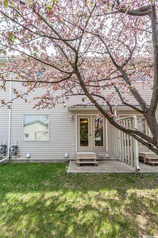Photo 24: 4 327 Berini Drive in Saskatoon: Erindale Residential for sale : MLS®# SK773527