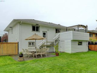 Photo 18: 1670 Howroyd Ave in VICTORIA: SE Mt Tolmie House for sale (Saanich East)  : MLS®# 816362