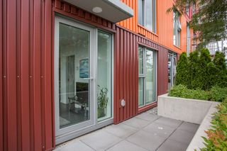 "Photo 12: 806 933 E HASTINGS Street in Vancouver: Strathcona Condo for sale in ""STRATHCONA VILLAGE"" (Vancouver East)  : MLS®# R2378429"