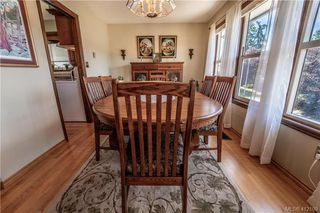 Photo 17: 4185 THORNHILL Crescent in VICTORIA: SE Gordon Head Single Family Detached for sale (Saanich East)  : MLS®# 412109