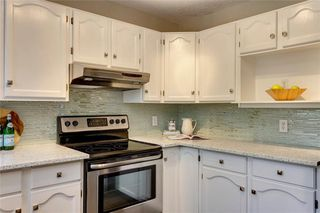 Photo 11: 238 SIERRA VISTA Terrace SW in Calgary: Signal Hill Detached for sale : MLS®# C4254896