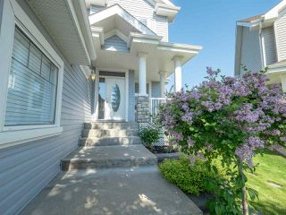 Photo 1: 214 SHEPPARD Court in Edmonton: Zone 53 House for sale : MLS®# E4162757