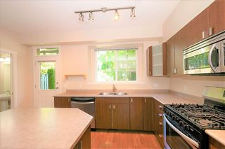 """Photo 12: 84 2200 PANORAMA Drive in Port Moody: Heritage Woods PM Townhouse for sale in """"QUEST"""" : MLS®# R2383077"""