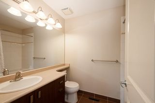 """Photo 15: 84 2200 PANORAMA Drive in Port Moody: Heritage Woods PM Townhouse for sale in """"QUEST"""" : MLS®# R2383077"""