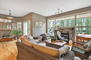 Photo 3: 6409 SANDIN Crescent in Edmonton: Zone 14 House for sale : MLS®# E4163775