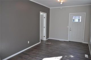Photo 4: 383 Pacific Avenue in Winnipeg: Central Residential for sale (9A)  : MLS®# 1918056