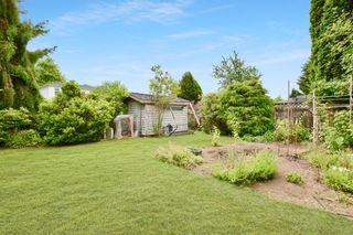 Photo 28: 14324 92 Avenue in Surrey: Bear Creek Green Timbers House for sale : MLS®# R2386693