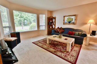 Photo 4: 14324 92 Avenue in Surrey: Bear Creek Green Timbers House for sale : MLS®# R2386693