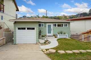 Photo 3: POINT LOMA House for sale : 3 bedrooms : 3542 Wawona Dr in San Diego