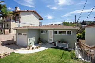 Photo 2: POINT LOMA House for sale : 3 bedrooms : 3542 Wawona Dr in San Diego