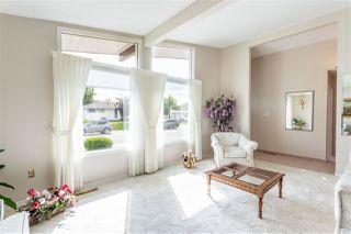 Photo 4: 9306 166 Street in Edmonton: Zone 22 House for sale : MLS®# E4168247