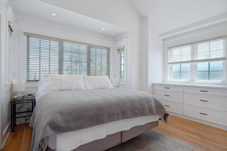 Photo 11: CORONADO VILLAGE House for sale : 4 bedrooms : 464 Orange Ave in Coronado