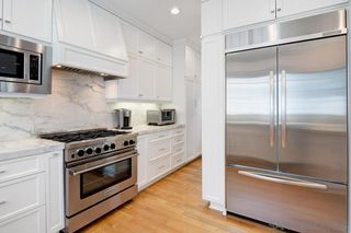 Photo 8: CORONADO VILLAGE House for sale : 4 bedrooms : 464 Orange Ave in Coronado