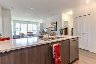 """Photo 8: 410 1151 WINDSOR Mews in Coquitlam: New Horizons Condo for sale in """"PARKER HOUSE"""" : MLS®# R2394763"""