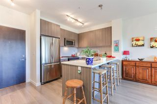 """Photo 7: 410 1151 WINDSOR Mews in Coquitlam: New Horizons Condo for sale in """"PARKER HOUSE"""" : MLS®# R2394763"""