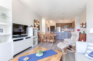 """Photo 3: 410 1151 WINDSOR Mews in Coquitlam: New Horizons Condo for sale in """"PARKER HOUSE"""" : MLS®# R2394763"""