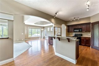 Photo 2: 122 Cimarron Drive: Okotoks Detached for sale : MLS®# C4266799