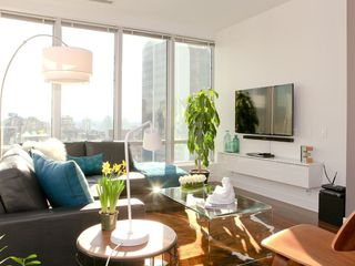 "Photo 4: 1313 989 NELSON Street in Vancouver: Downtown VW Condo for sale in ""ELECTRA"" (Vancouver West)  : MLS®# R2417714"