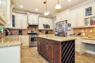 Photo 5: 20433 98A Avenue in Langley: Walnut Grove House for sale : MLS®# R2417842