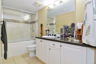 Photo 17: 20433 98A Avenue in Langley: Walnut Grove House for sale : MLS®# R2417842