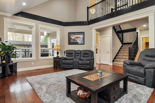 Photo 3: 20433 98A Avenue in Langley: Walnut Grove House for sale : MLS®# R2417842