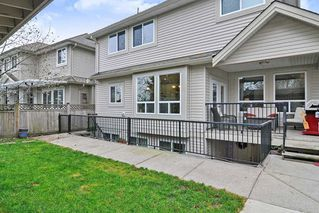 Photo 19: 20433 98A Avenue in Langley: Walnut Grove House for sale : MLS®# R2417842
