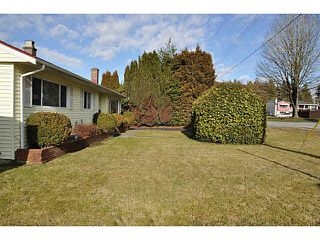 Photo 3: 10377 127A STREET in Surrey: Cedar Hills House for sale (North Surrey)  : MLS®# R2403511