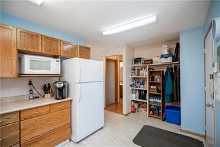 Photo 6: 1594 Concordia Avenue in Winnipeg: Harbour View South Residential for sale (3J)  : MLS®# 202007374