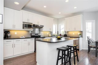 Photo 7: 67 Appleford Gate in Winnipeg: Bridgwater Lakes Residential for sale (1R)  : MLS®# 202010252