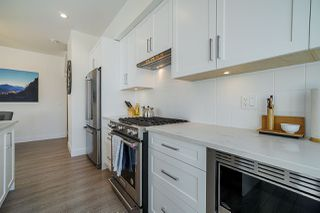 Photo 11: 132 16433 19 Avenue in Surrey: Pacific Douglas Townhouse for sale (South Surrey White Rock)  : MLS®# R2454936