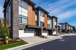 """Photo 3: 46 33209 CHERRY Avenue in Mission: Mission BC Townhouse for sale in """"58 on Cherry Hill"""" : MLS®# R2456923"""