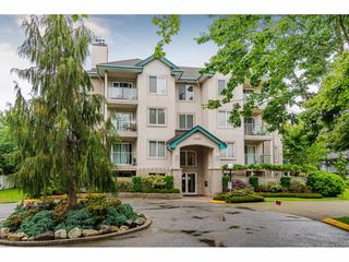 "Photo 2: 101 20453 53 Avenue in Langley: Langley City Condo for sale in ""Countryside Estates"" : MLS®# R2463160"