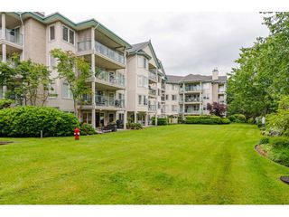 "Photo 34: 101 20453 53 Avenue in Langley: Langley City Condo for sale in ""Countryside Estates"" : MLS®# R2463160"