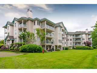 "Photo 1: 101 20453 53 Avenue in Langley: Langley City Condo for sale in ""Countryside Estates"" : MLS®# R2463160"