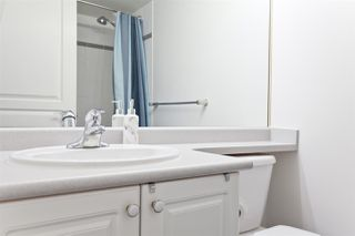 """Photo 17: 208 211 TWELFTH Street in New Westminster: Uptown NW Condo for sale in """"DISCOVERY REACH"""" : MLS®# R2485622"""